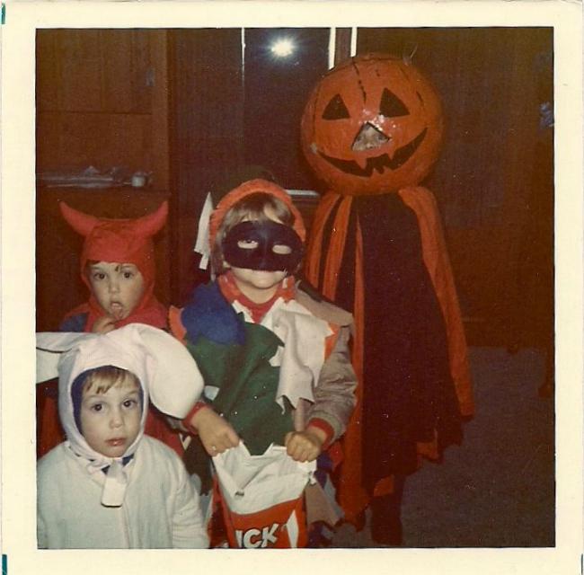 Halloween 1973 | Siblings from Anoka, Minnesota