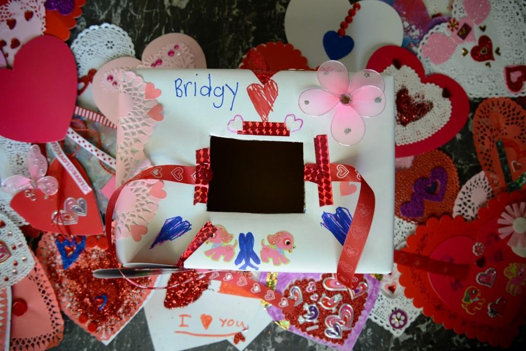 child's valentine box